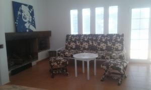 20140921_154512 Colchón de 90x190 convertido en sofa.