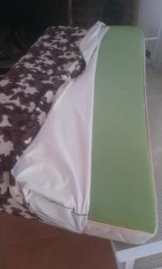 esponja-y-funda-de-vaca Colchón de 90x190 convertido en sofa.