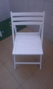 silla-blanca-restaurada Un pequeño rinconcito.