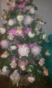 adornos-visibles Arbol de Navidad con flores.
