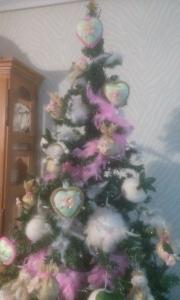 arbol-parte-de-arriba Arbol de Navidad con flores.